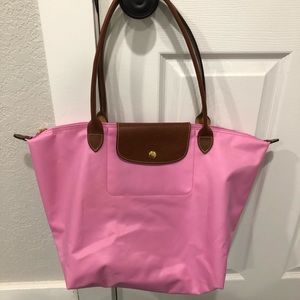 Pink Longchamp Le Pliage Large! Great condition!!